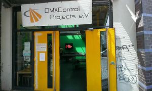 DMXControl Projects e.V. am Eingang des K14